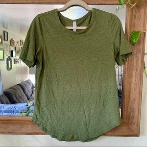 Lululemon Green Scoop Neck T-Shirt